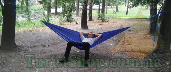 Сидя в гамаке Levitate RST отлично отдыхается